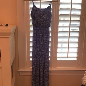 Blue & white patterned maxi dress